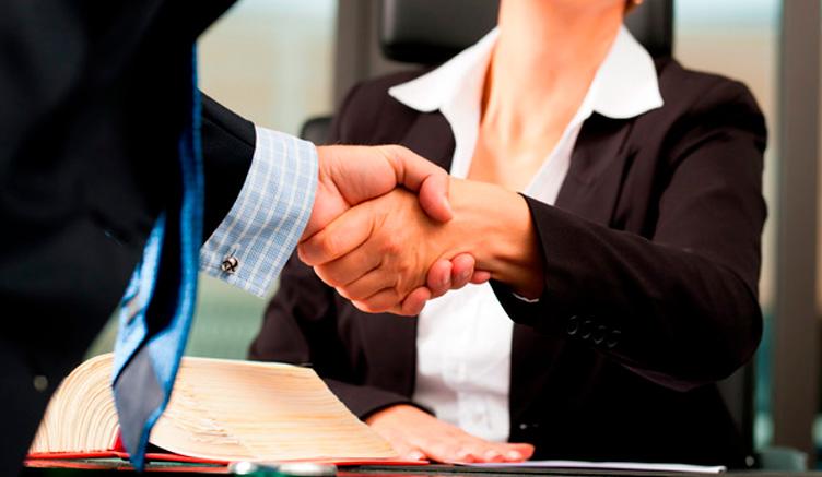 ¿Cómo se elige al abogado adecuado?
